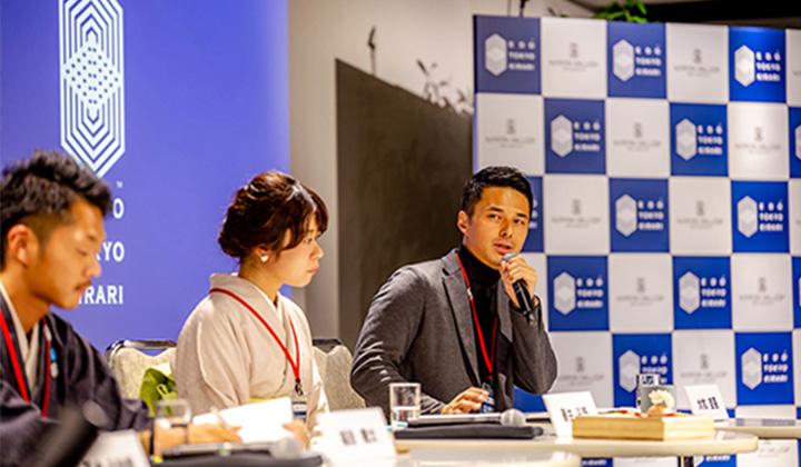 学校で講演をしている大牧の写真