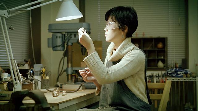 金工作家|青木有理子の動画を観る