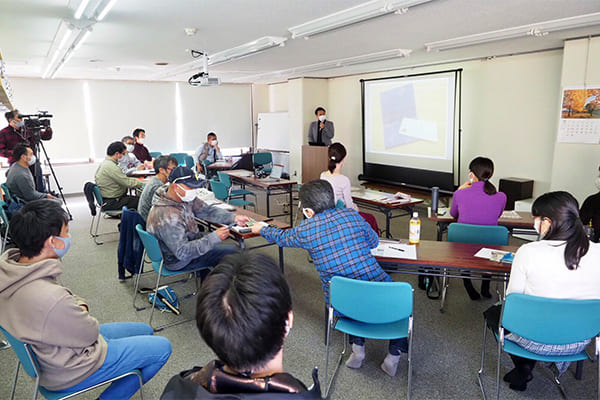 コミュニティ×〇〇で描く新しい地域講座(第4回)の様子