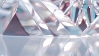 江戸切子|小林硝子工芸所の職人動画を見る
