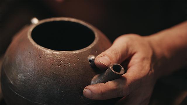 伝統工芸南部鉄器職人|田山鐵瓶工房