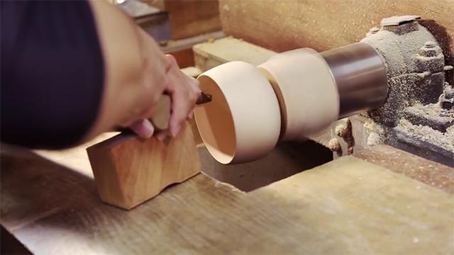 ロクロ細工伝統工芸士|藤本悟の動画を観る